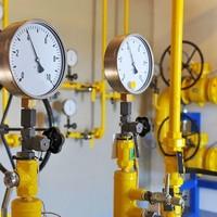 Manutenção em tubulação de gás