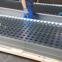 Distribuidor de resina epóxi